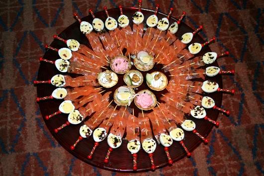 Minis brochettes oeuf de caille/saumon